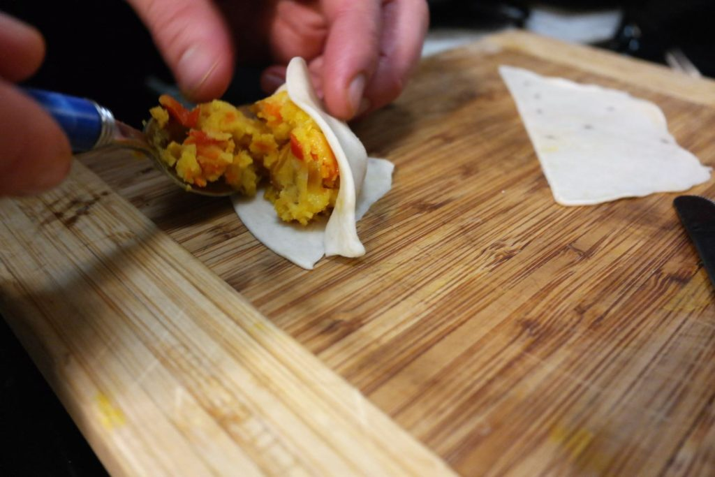 putting-samosa-together