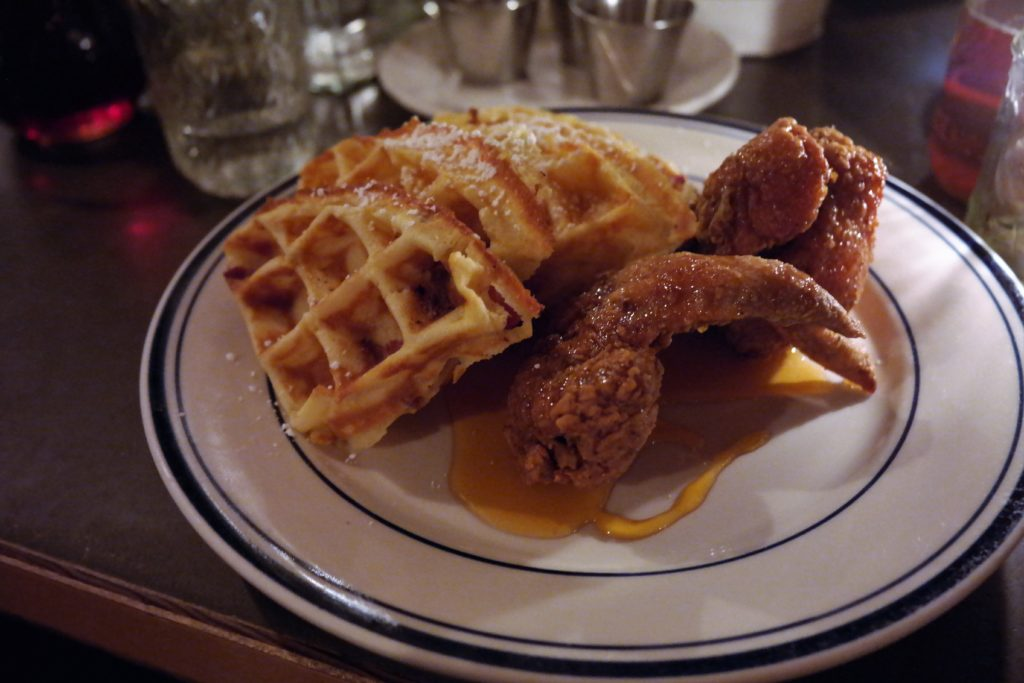 chiken-bacon-waffles-and-hot-honey