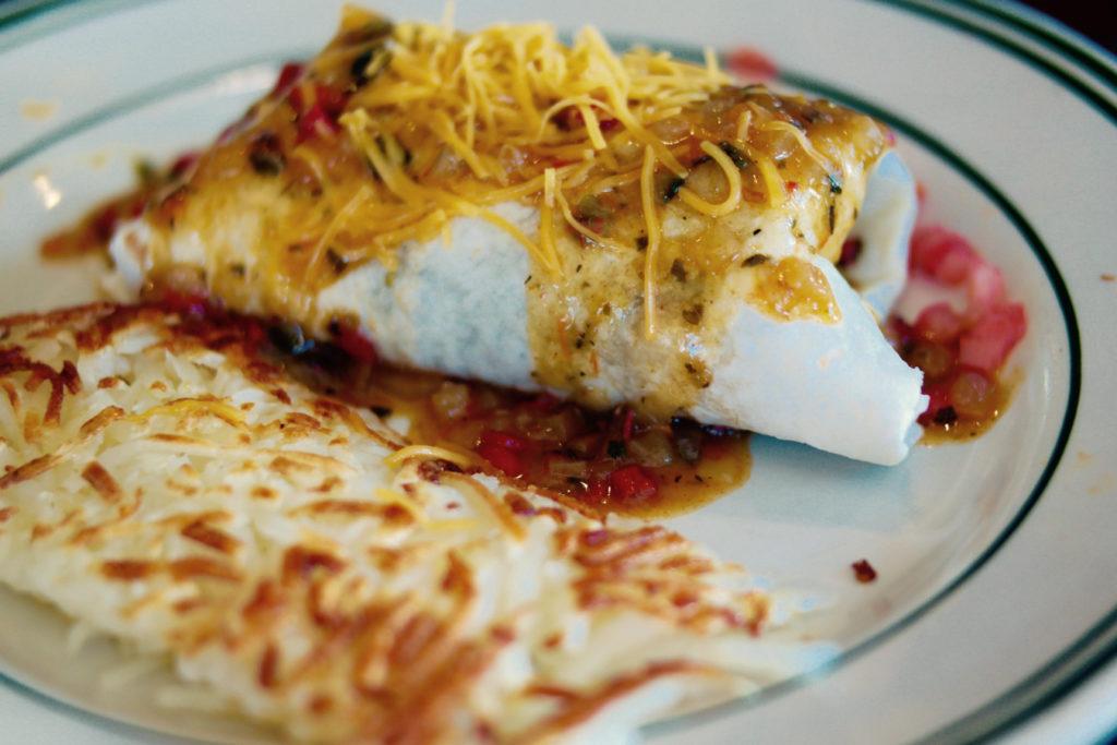 teds breakfast burrito_1350x900