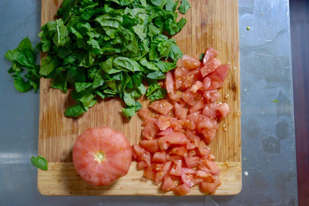 tomato spinach_1350x900