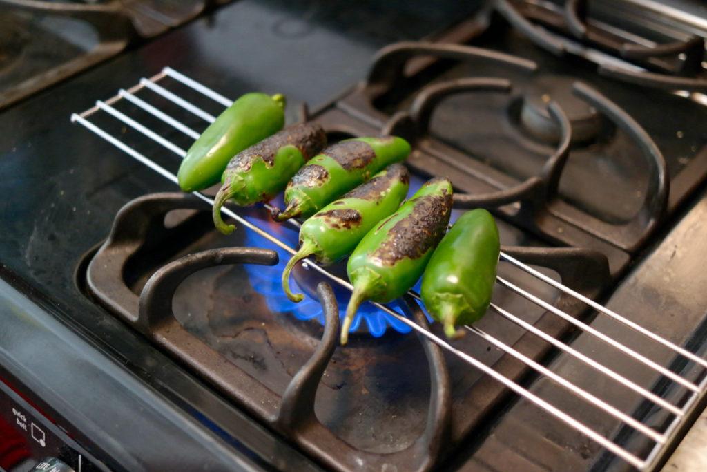 roasting jalepenos_1350x900