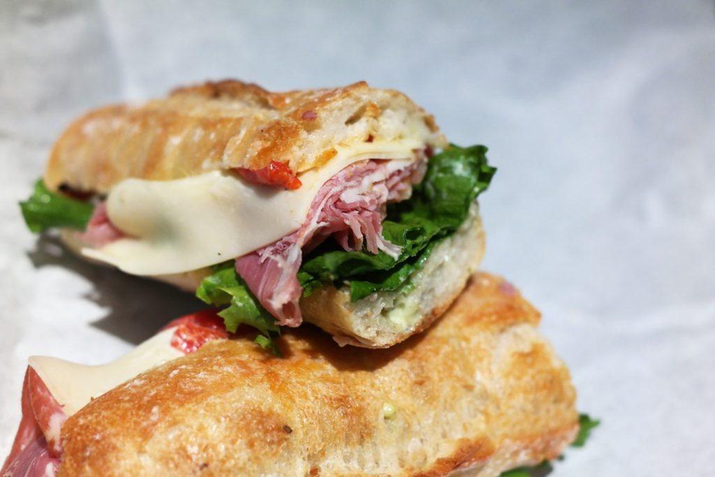 prosciutto-sandwich