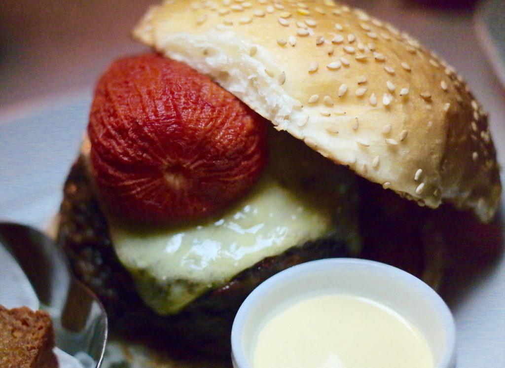 burger_1235x900