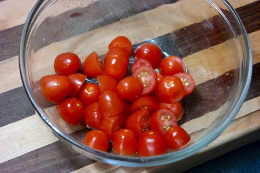 tomatoes_1349x900