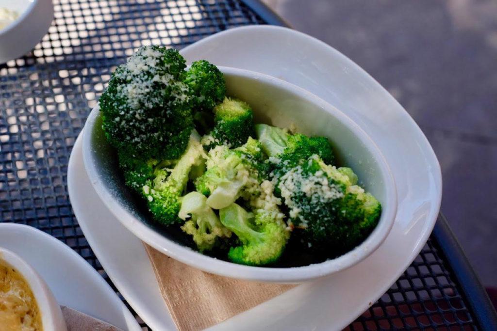broccoli_1349x900