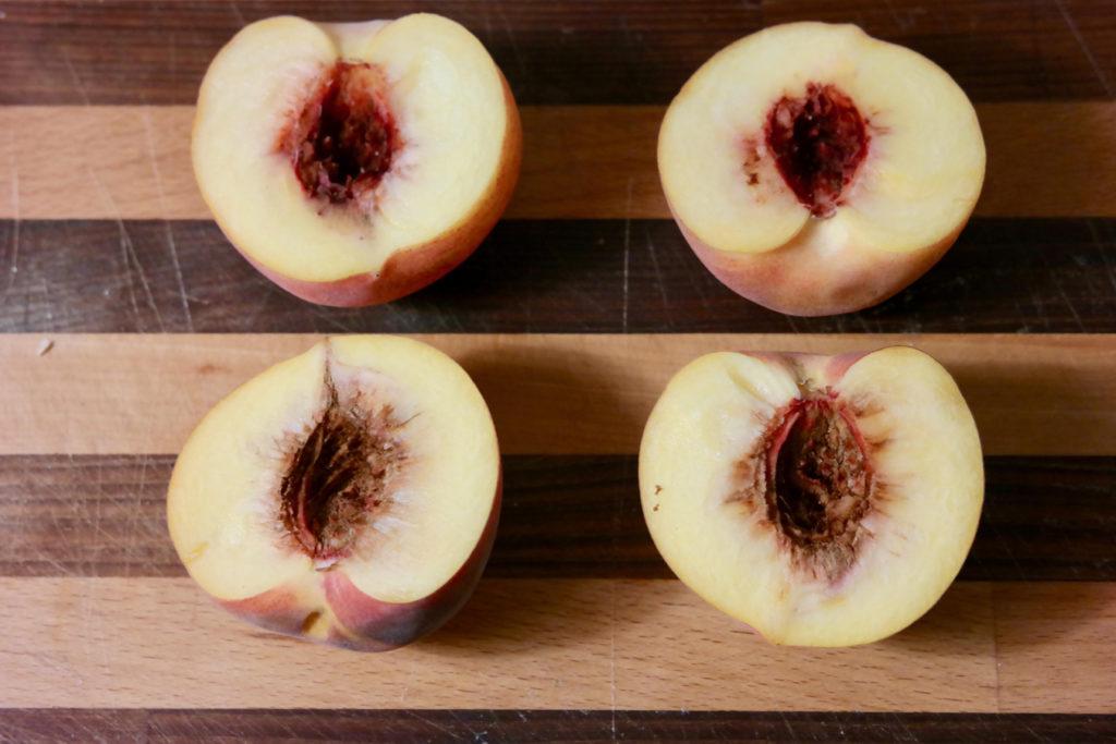 peaches_1350x900