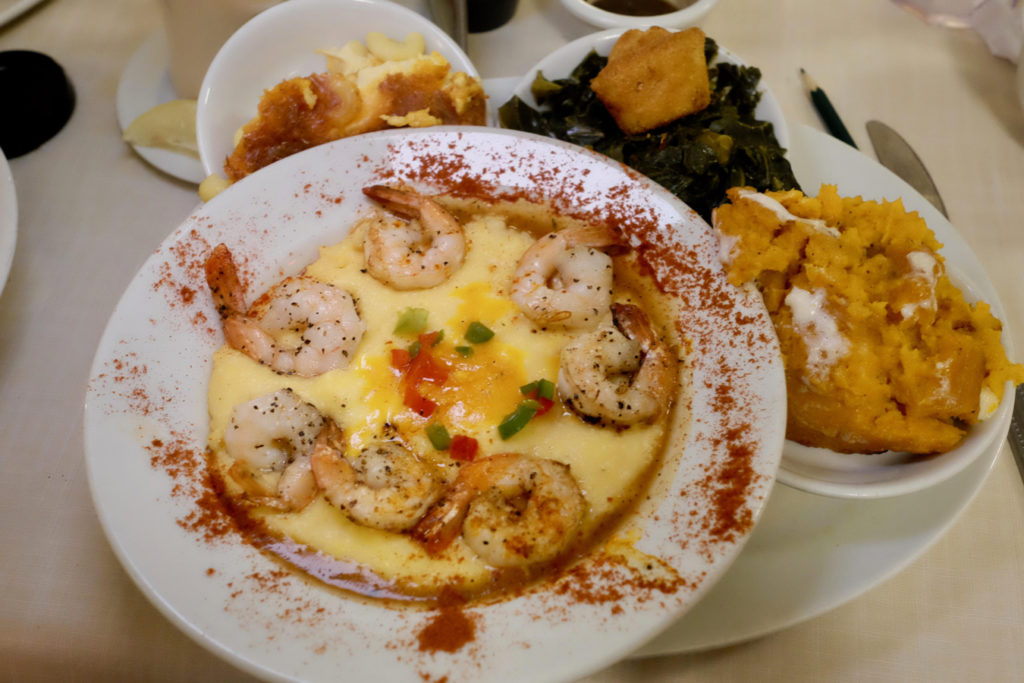 shrimp and grits_1350x900