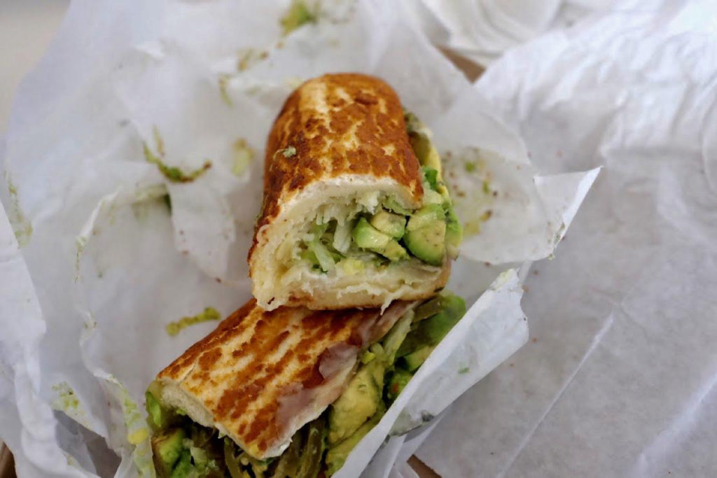 veggie sandwich_1350x900