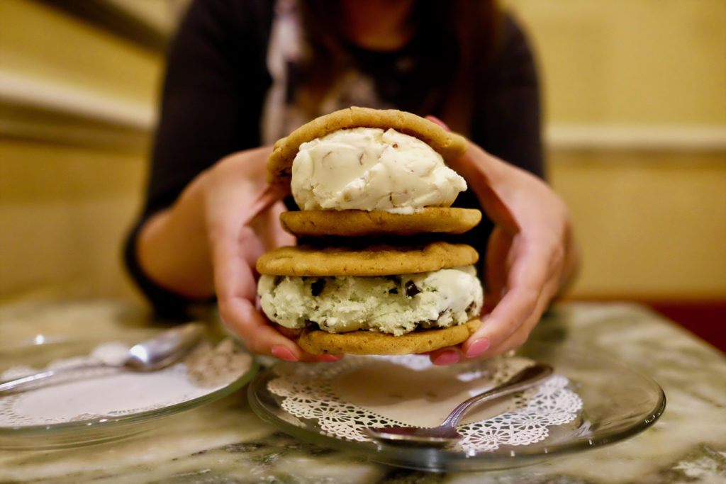 ice cream sandwiches_1350x900