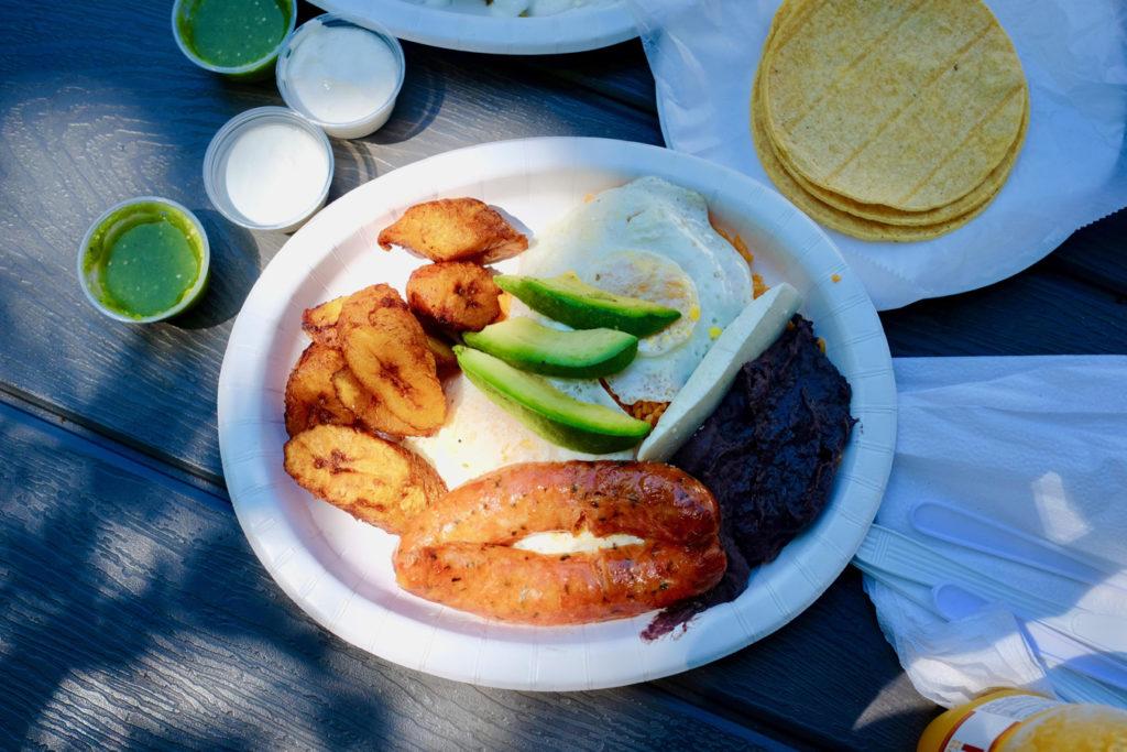breakfast plate_1350x900