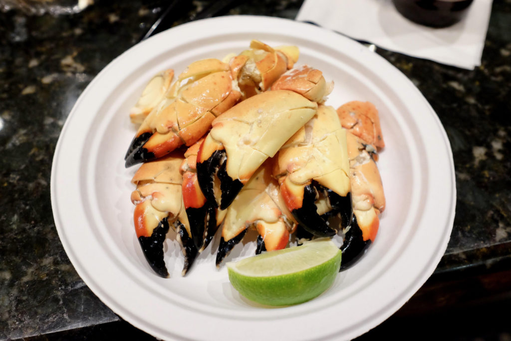 crab_1350x900