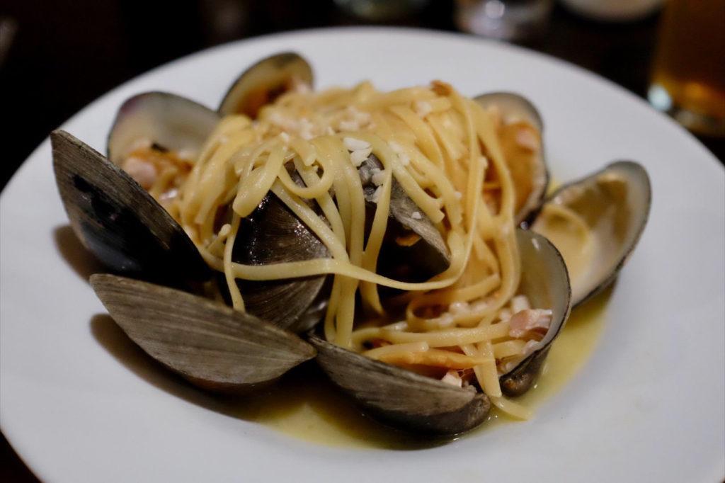 seafood pasta_1351x900