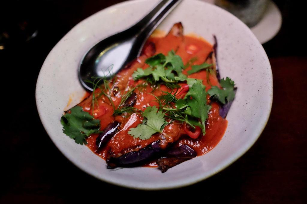 eggplant_1351x900